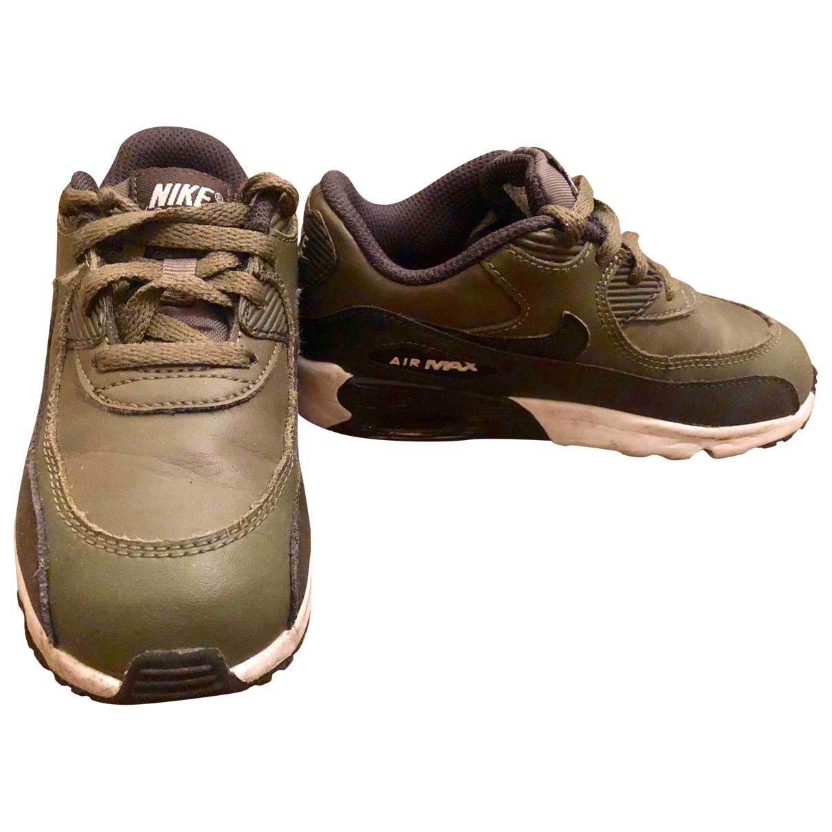 Nike Air Max 90 Green Leather Trainers for Kids 27 EU