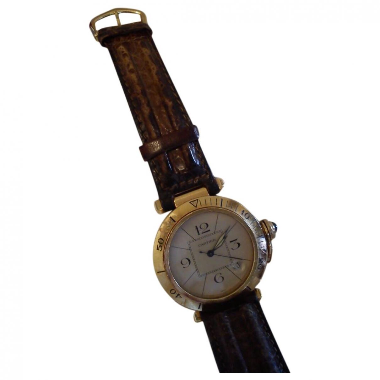 Reloj Pasha de Oro amarillo Cartier