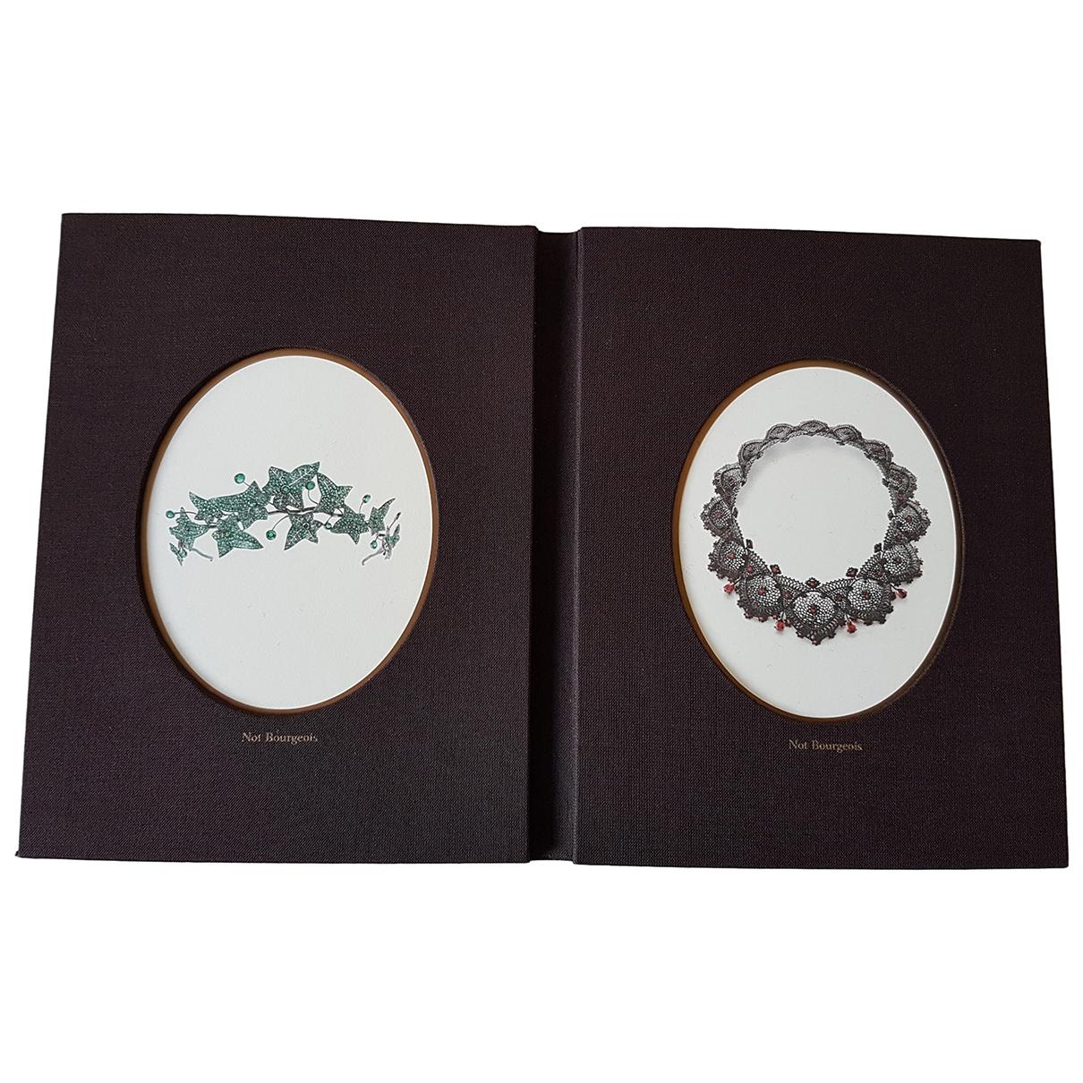 Boucheron - Objets & Deco   pour lifestyle - marron