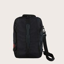 Maenner minimalistischer Rucksack