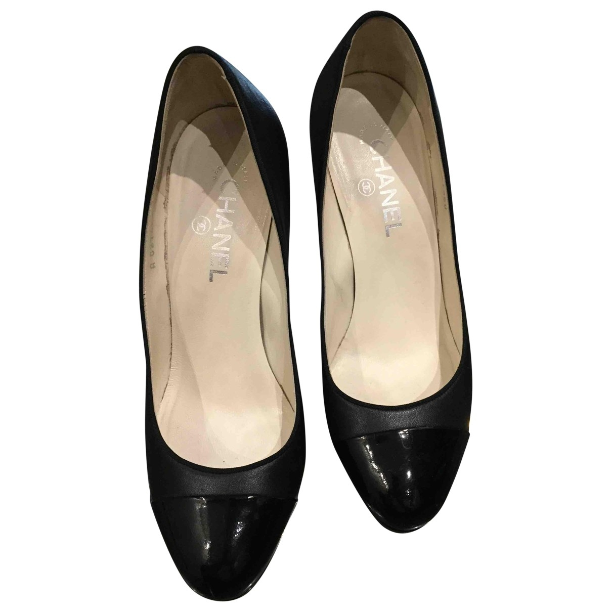 Chanel \N Black Leather Heels for Women 38.5 EU