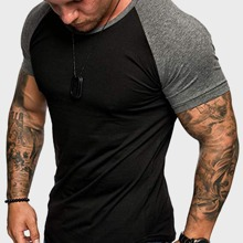 Camiseta de hombres de manga raglan de color combinado