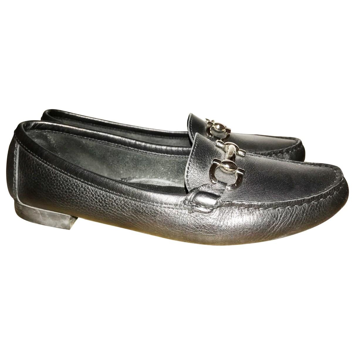 Salvatore Ferragamo \N Black Leather Flats for Women 8 US