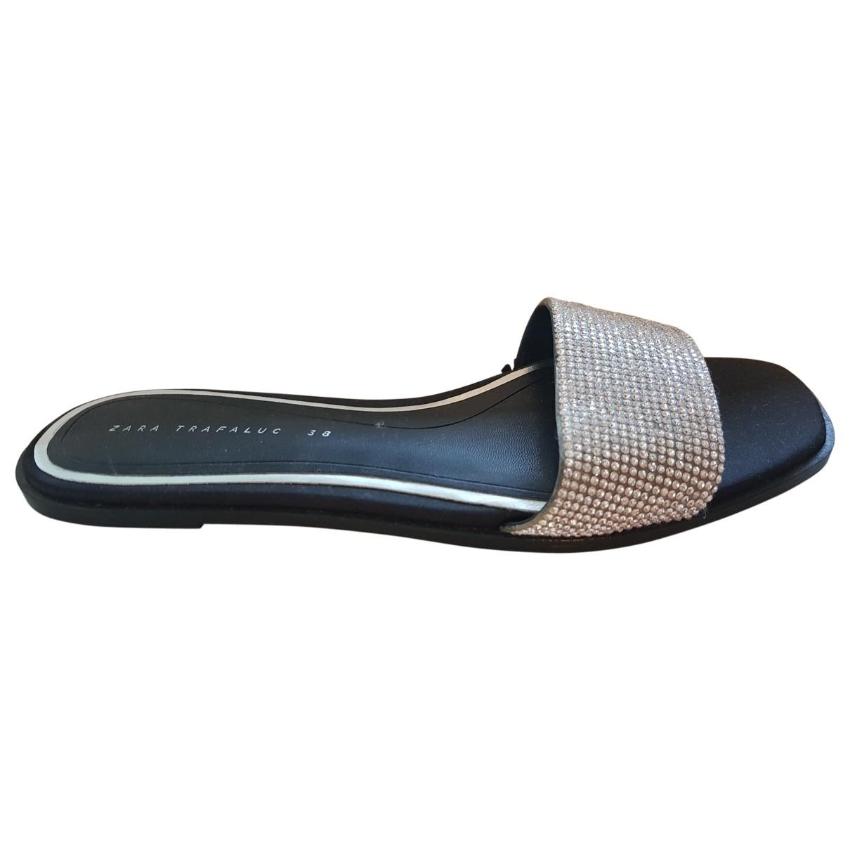 Zara \N Sandalen in  Metallic Leder