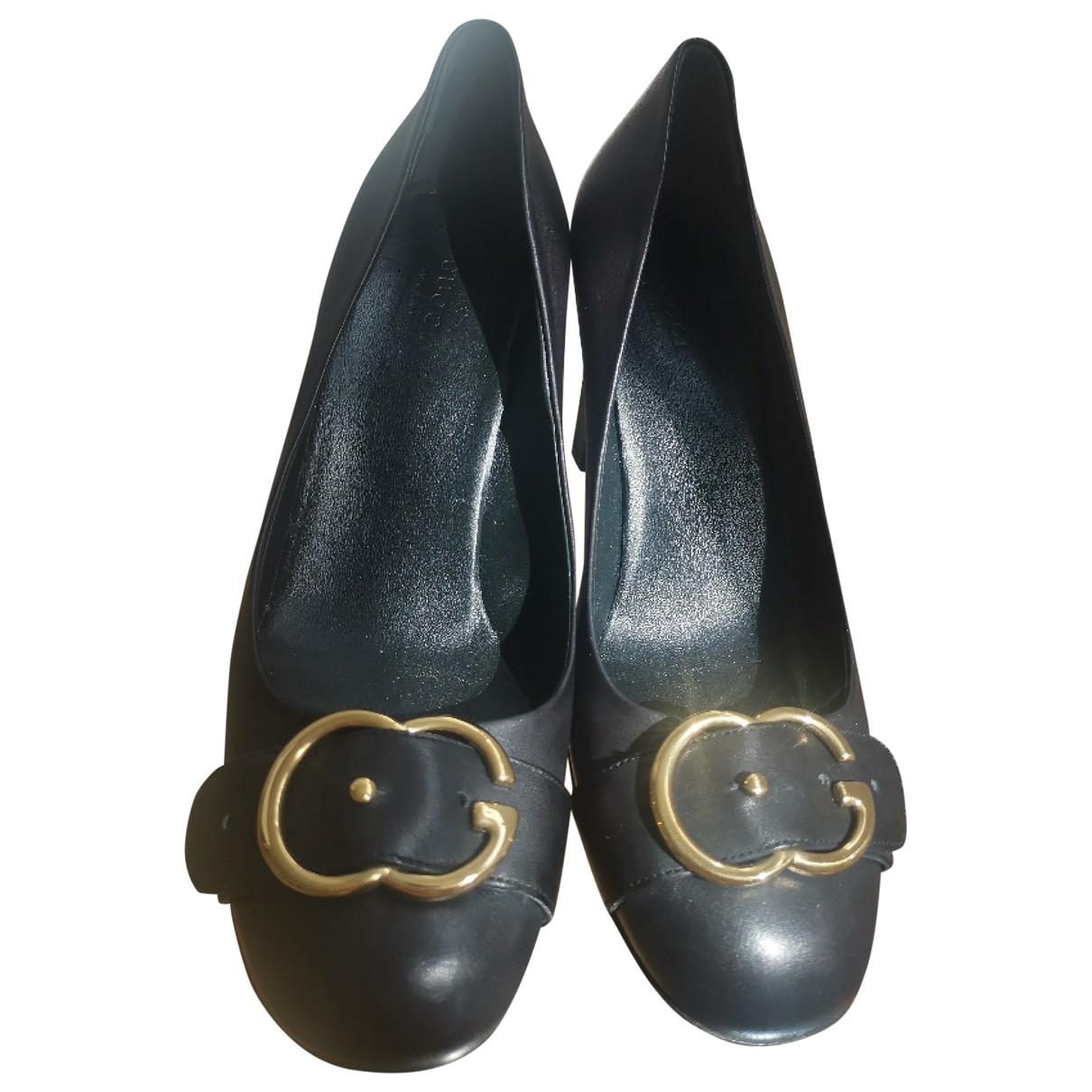 Gucci \N Pumps in  Schwarz Leder