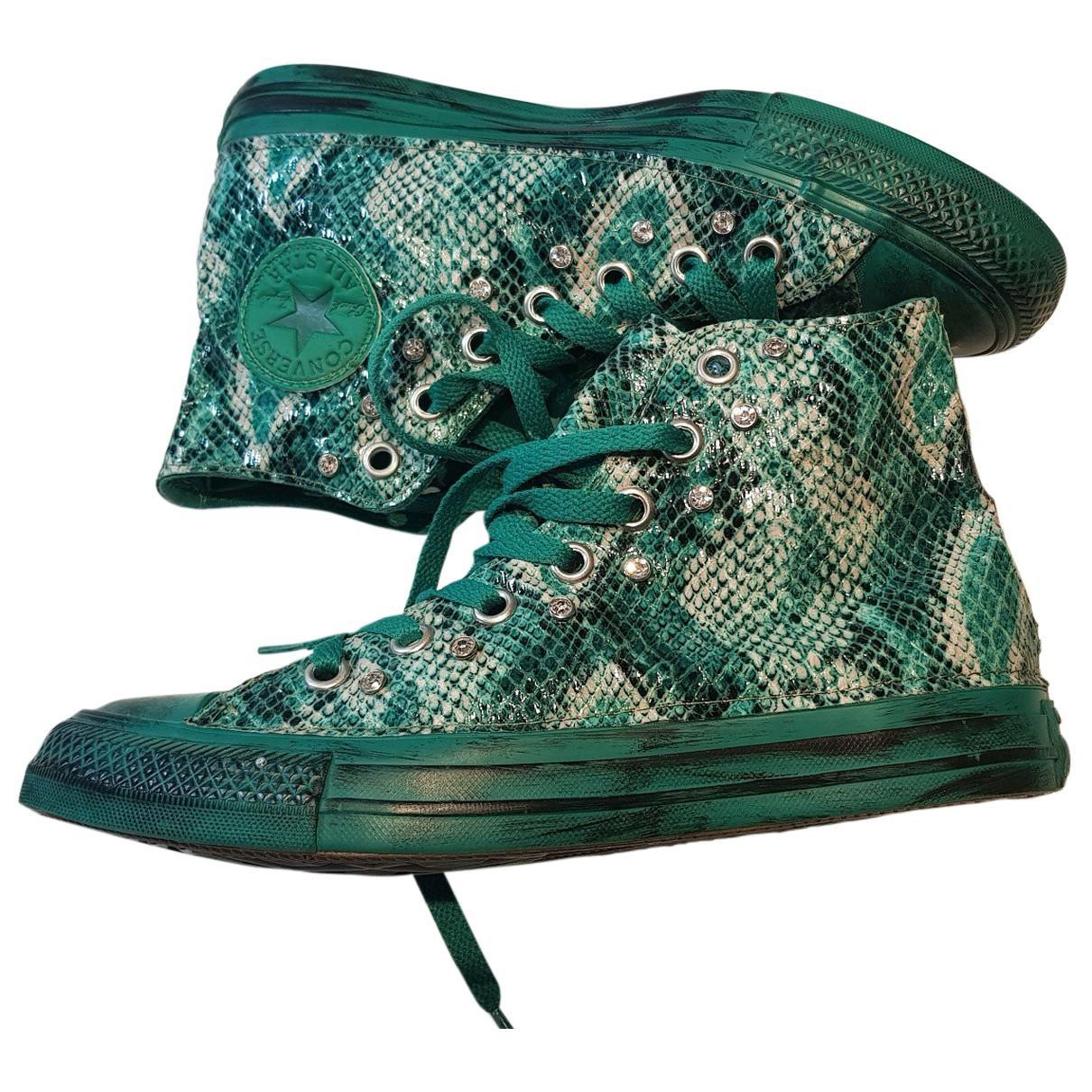 Converse \N Sneakers in  Gruen Kunststoff