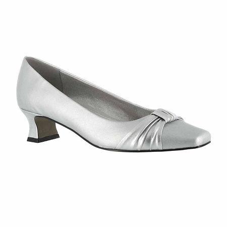 Easy Street Womens Waive Pumps Kitten Heel, 7 1/2 Wide, Silver
