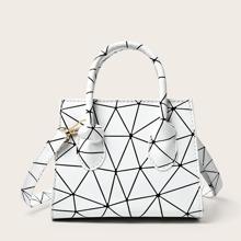 Bolsa cartera con estampado geometrico