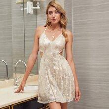 DKRX Rueckenfreies Cami Kleid mit Knoten und Pailletten