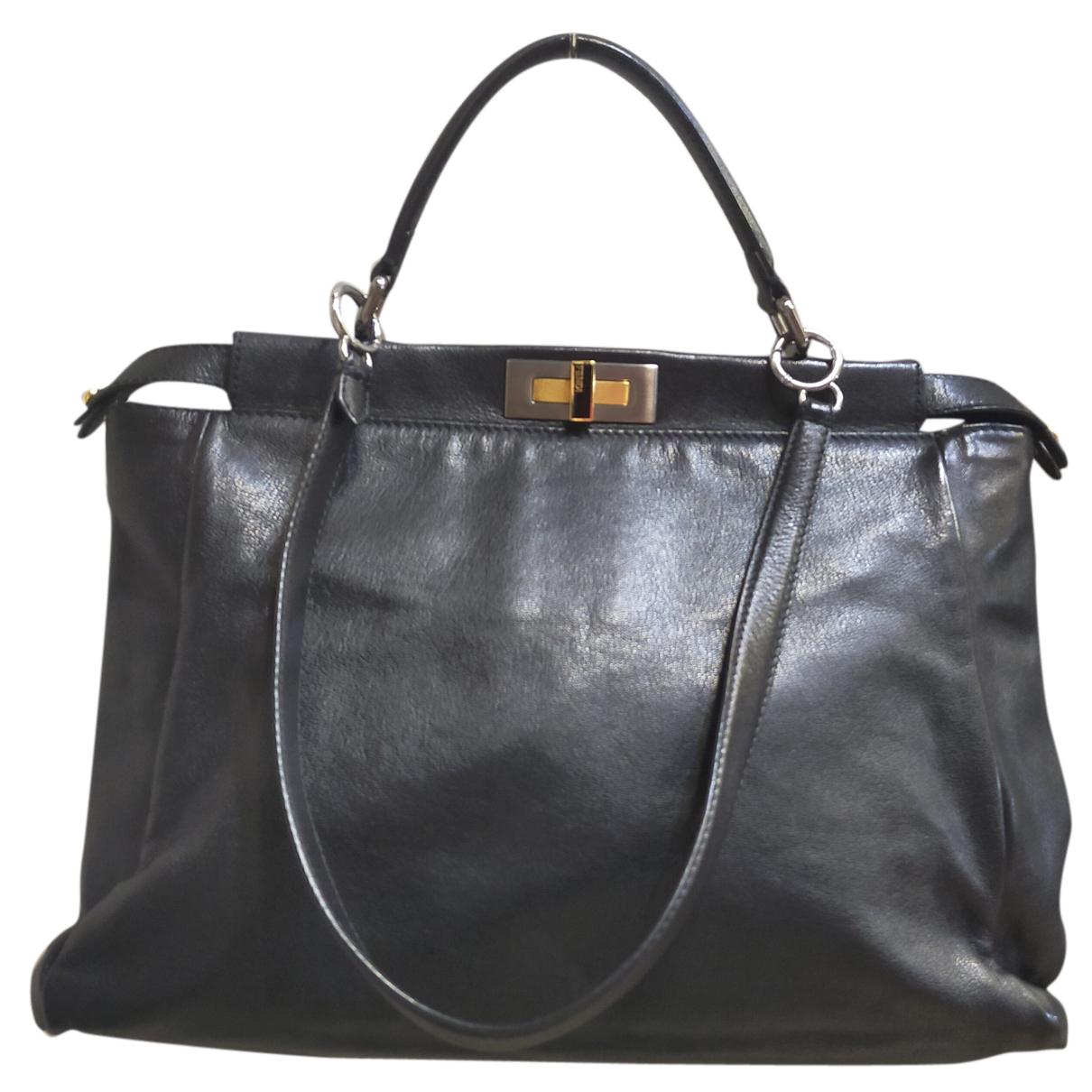 Fendi Peekaboo Black Leather handbag for Women N