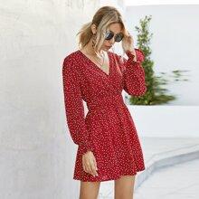 A-Linie Kleid mit Punkten Muster und geraffter Taille