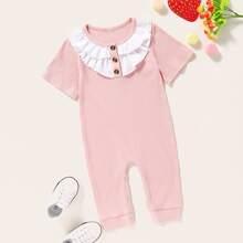 Baby Maedchen Jumpsuit mit Raffungsaum und Knopfen vorn