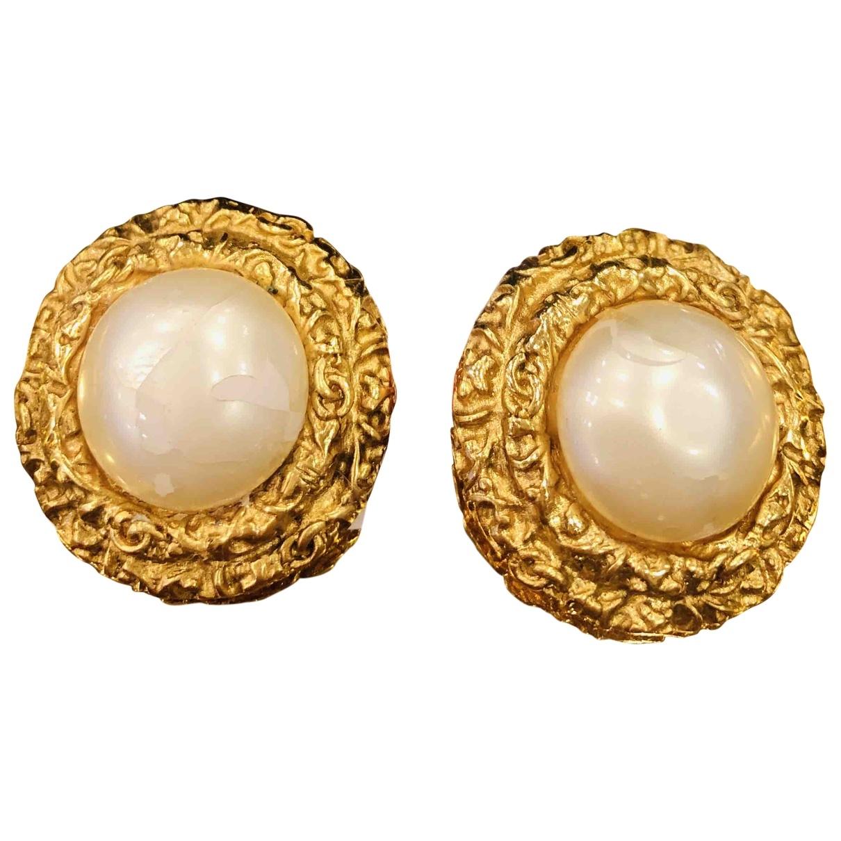 Chanel \N Gold Yellow gold Earrings for Women \N