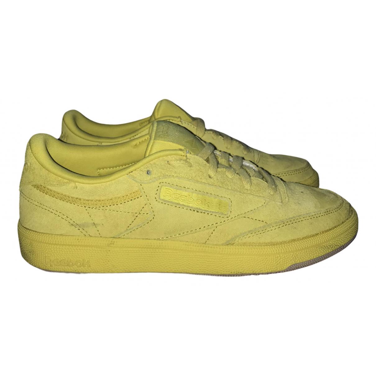 Puma \N Sneakers in  Gelb Veloursleder