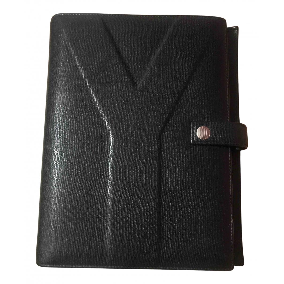 Yves Saint Laurent - Objets & Deco   pour lifestyle en cuir - noir