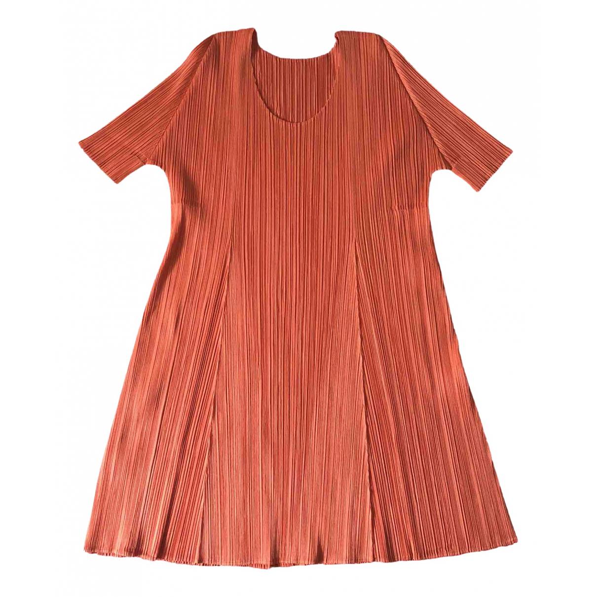 Pleats Please \N Kleid in  Orange Polyester