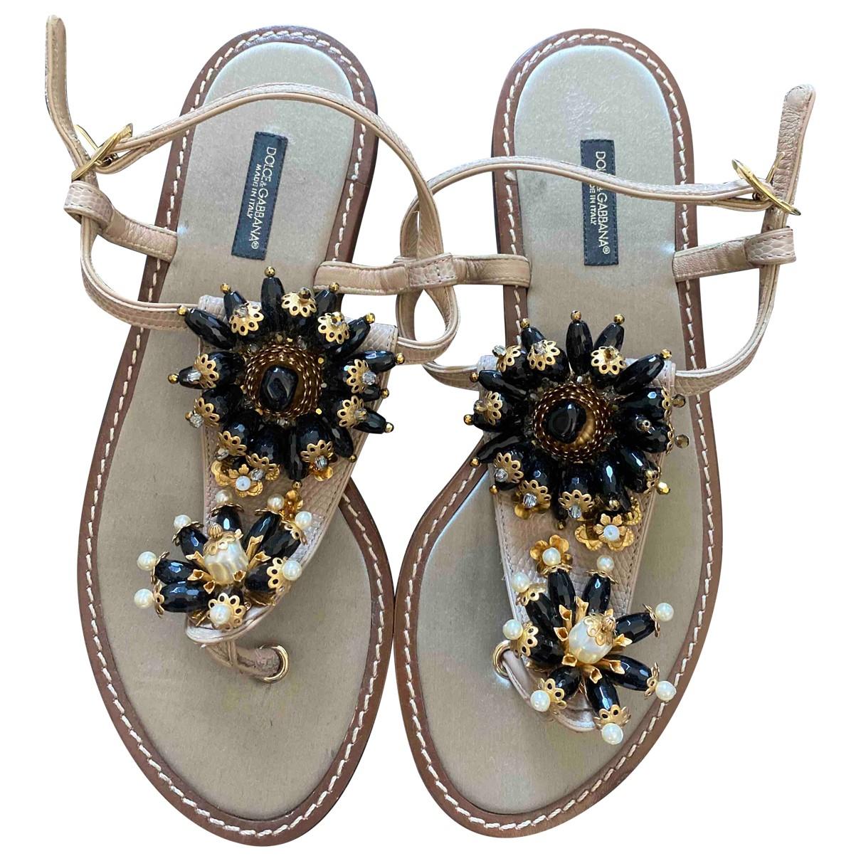 Dolce & Gabbana \N Sandalen in  Beige Veloursleder