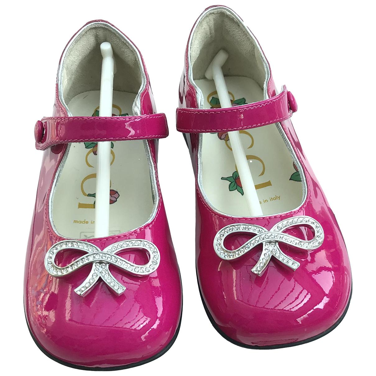 Gucci \N Ballerinas in  Rosa Lackleder
