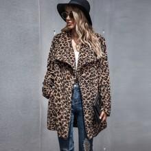 Chaqueta teddy de cuello cascada con estampado de leopardo