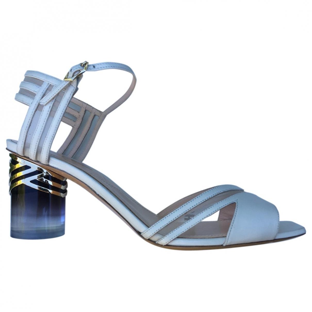 Nicholas Kirkwood \N White Leather Sandals for Women 40 IT