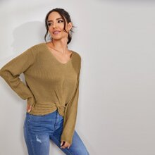 Pullover mit sehr tief angesetzter Schulterpartie und Twist vorn