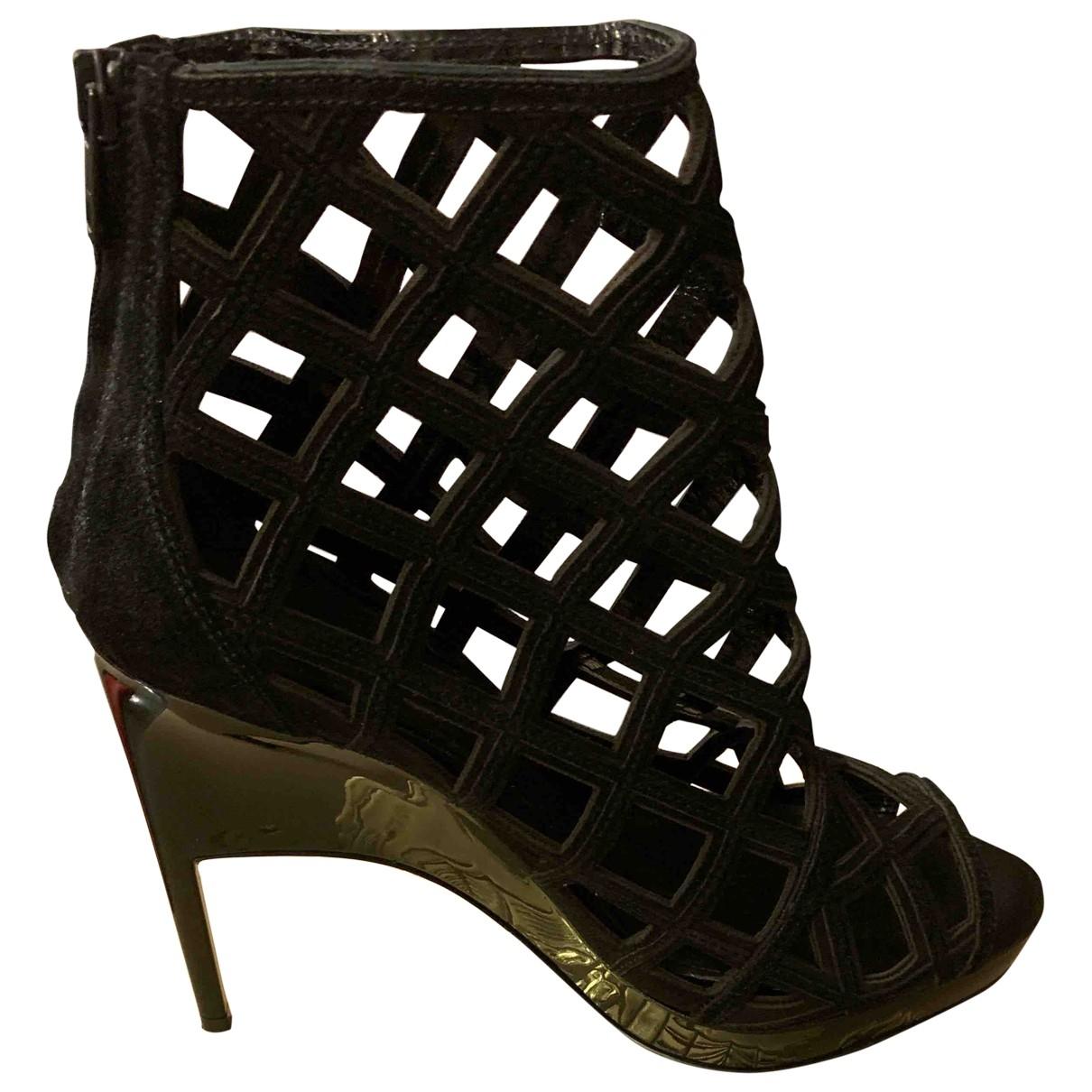 Burberry \N Black Suede Sandals for Women 39 EU