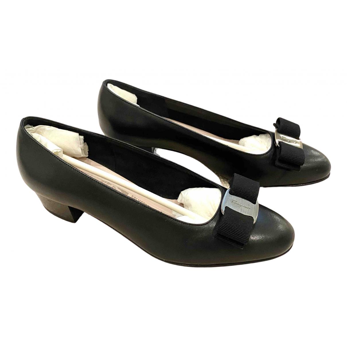 Salvatore Ferragamo \N Black Leather Heels for Women 5 US