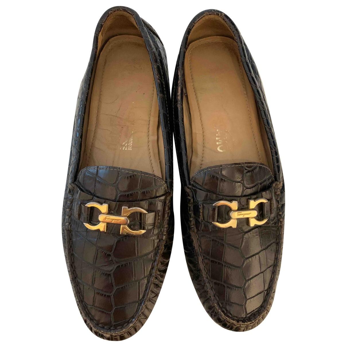 Salvatore Ferragamo \N Brown Crocodile Flats for Women 7.5 US