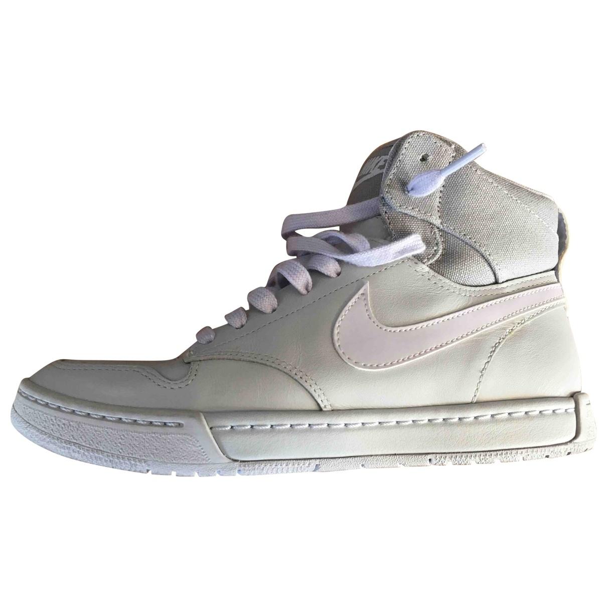 Nike - Baskets SB Dunk  pour femme - gris