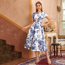 Kleid mit Blumen & Paisley Muster
