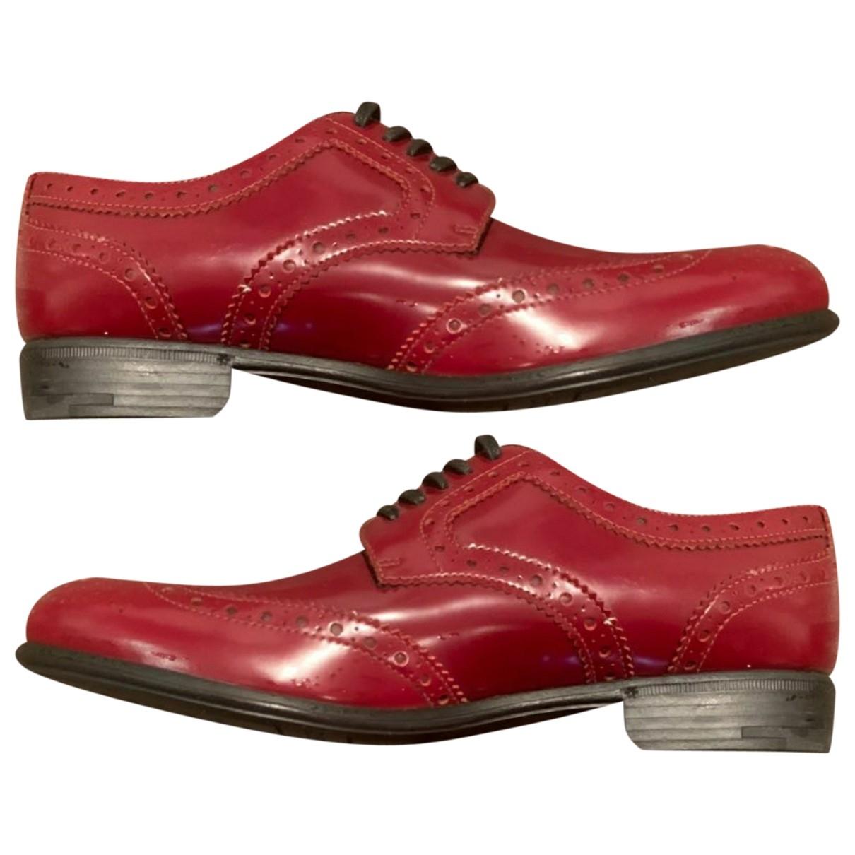Dolce & Gabbana \N Schnuerschuhe in  Rot Lackleder