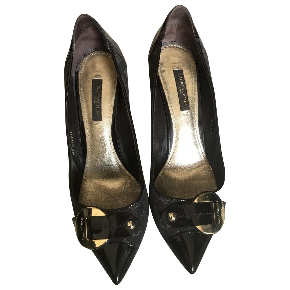 Louis Vuitton - Escarpins   pour femme en cuir verni - marron