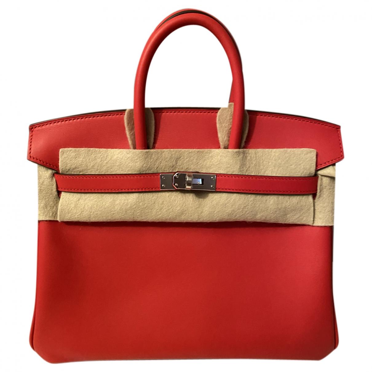 Hermes Birkin 25 Handtasche in  Rot Leder