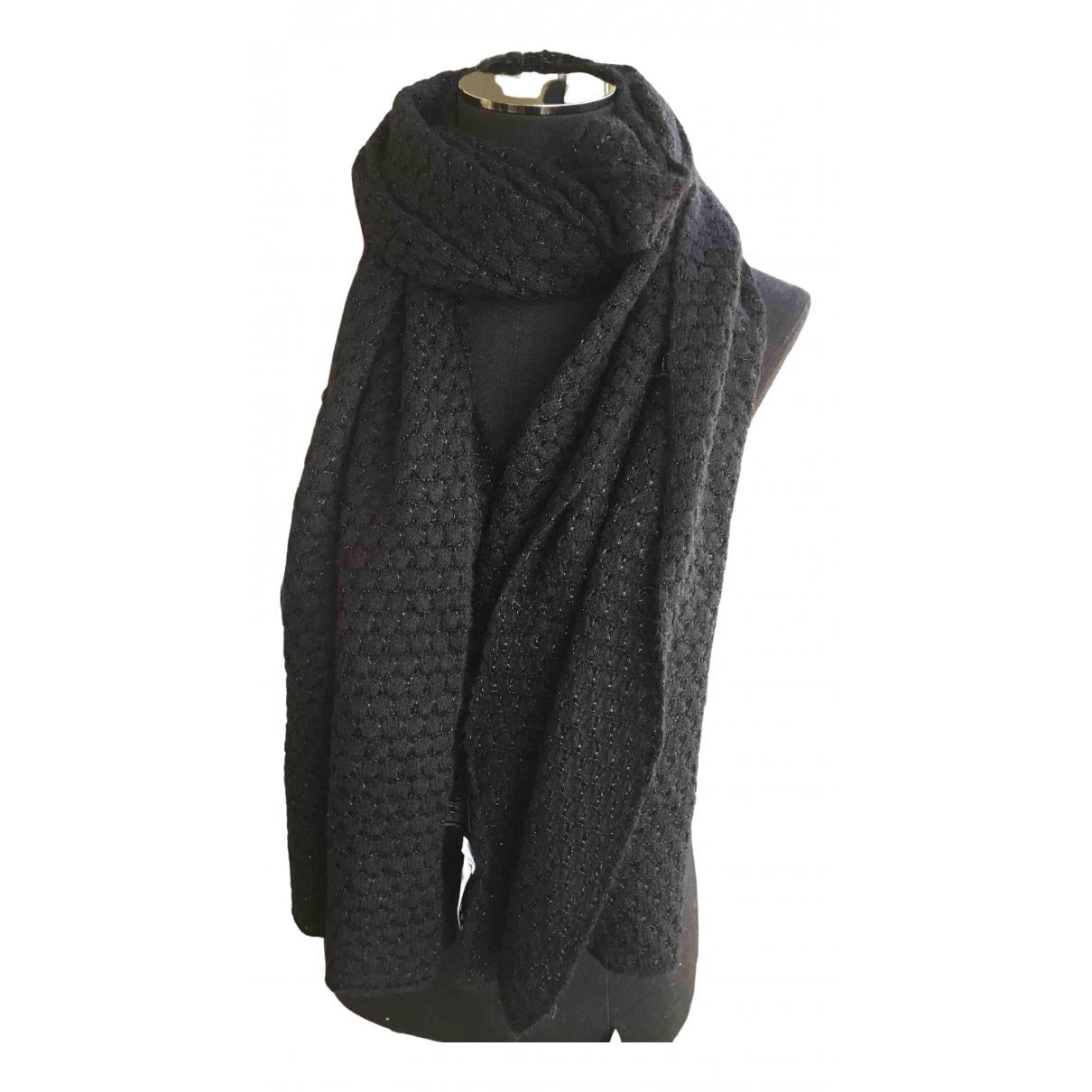 Sandro Spring Summer 2020 Black scarf for Women \N