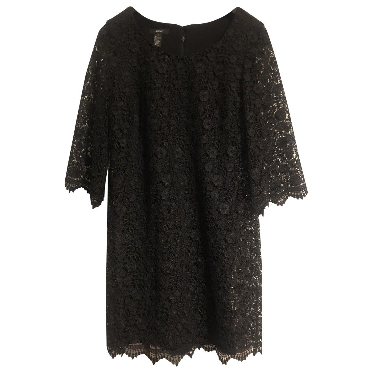 - Robe   pour femme en dentelle - noir