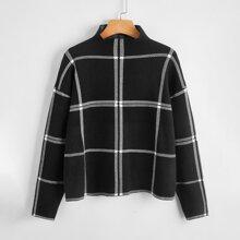 Pullover mit Stehkragen, Karo Muster und sehr tief angesetzter Schulterpartie