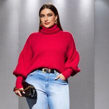 Pullover mit Rollkragen und sehr tief angesetzter Schulterpartie