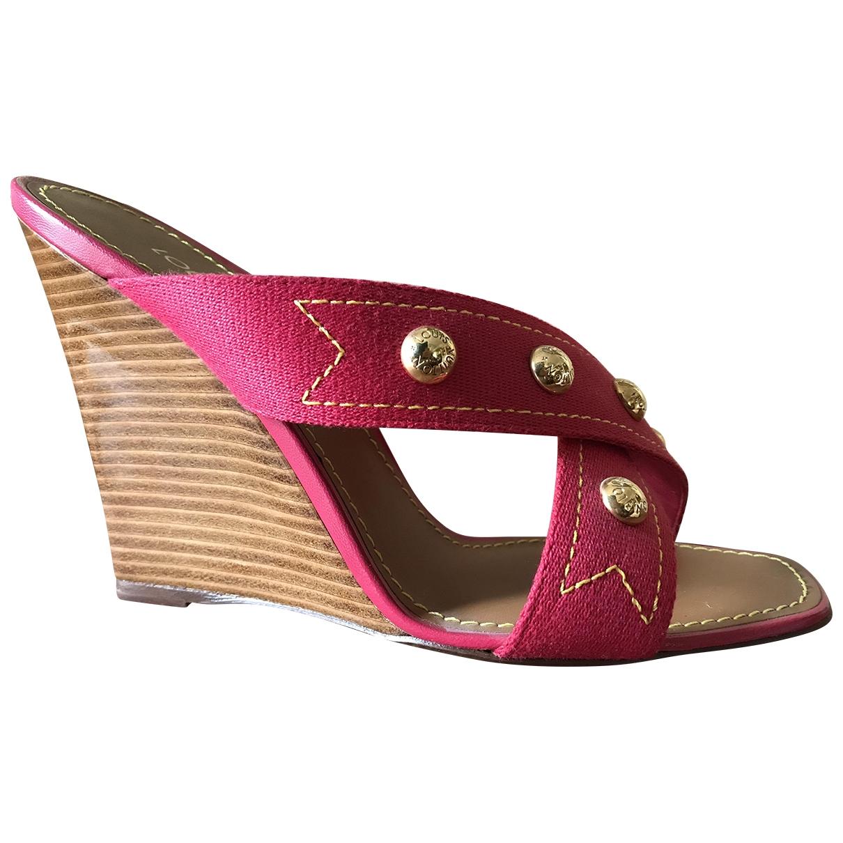 Louis Vuitton - Sandales   pour femme en toile - rouge