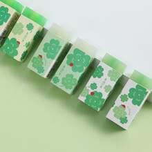 1 Stueck Zufaelliger Radiergummi mit Klee Muster