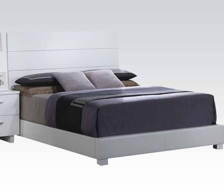 Lorimar Collection 22627EK King Size Bed with Chrome Wooden Legs  Low Profile Footboard  High Gloss Headboard  Padded Side Rails and Footboard in