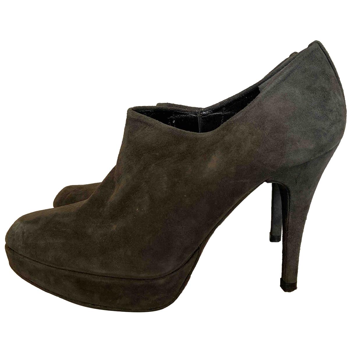 Stuart Weitzman \N Grey Suede Ankle boots for Women 36.5 EU