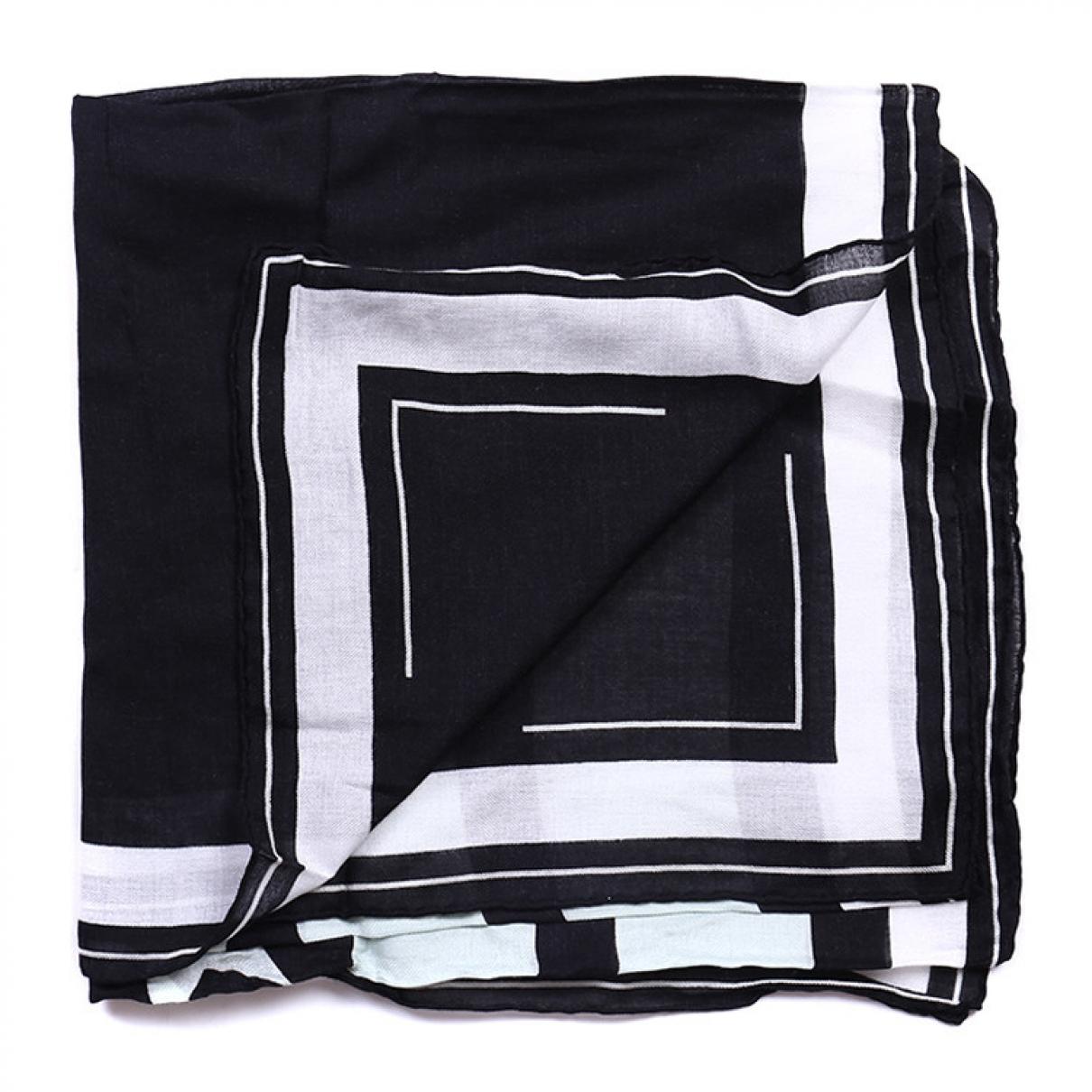 Givenchy \N Schal in  Schwarz Wolle