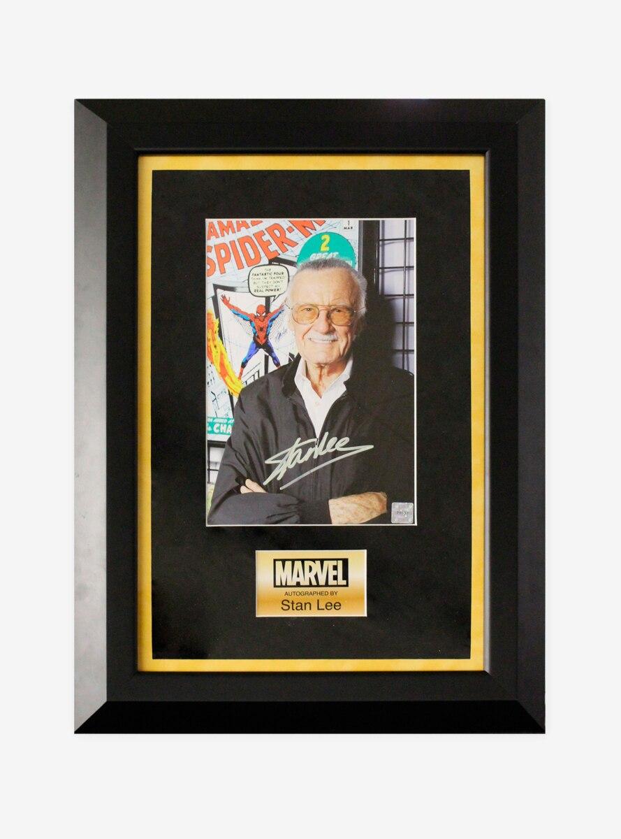 Marvel Stan Lee Full Color Signed Photo