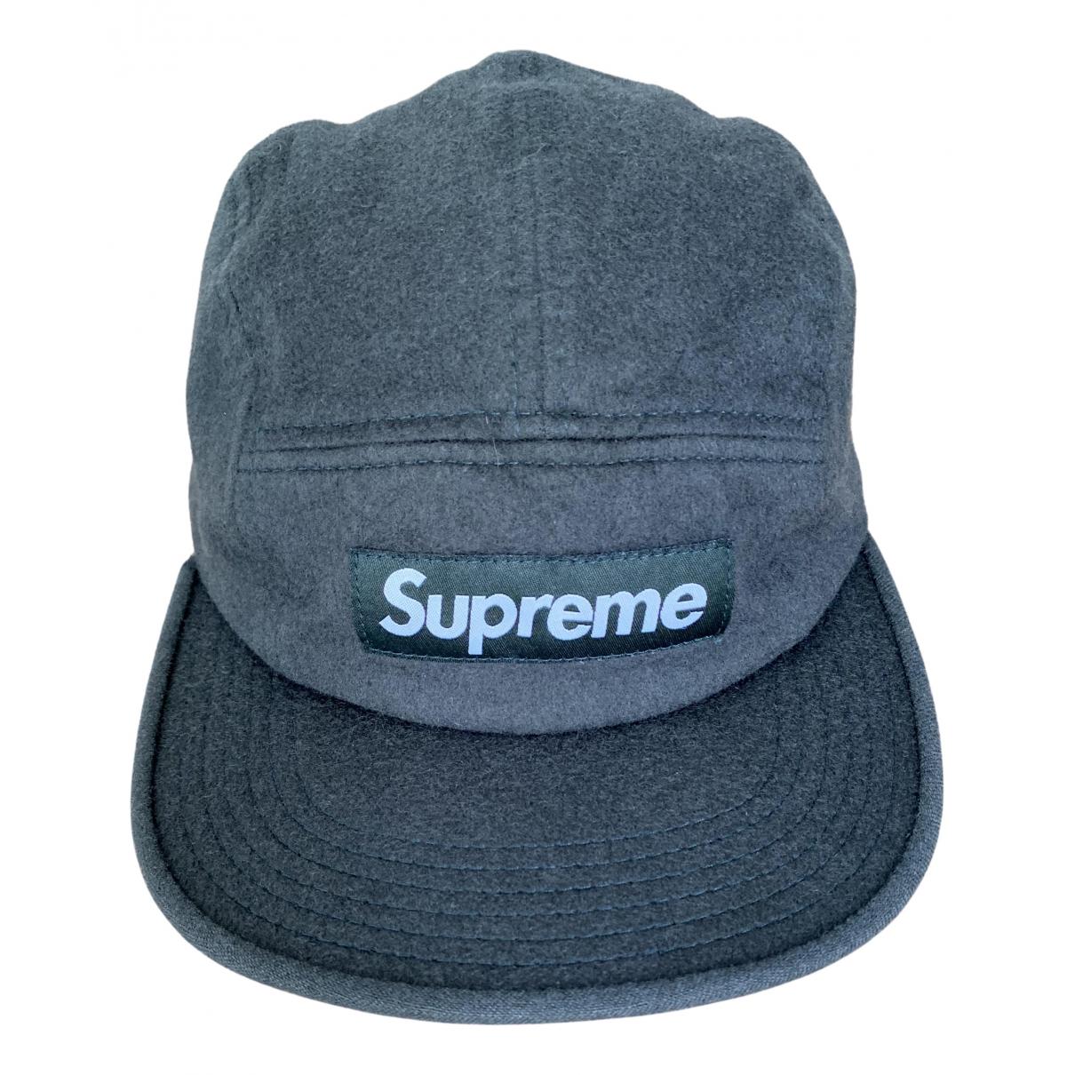 Supreme \N Hut, Muetzen in  Gruen Wolle