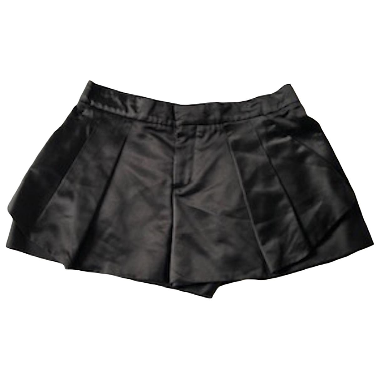 Chloé \N Black Silk Shorts for Women 38 FR