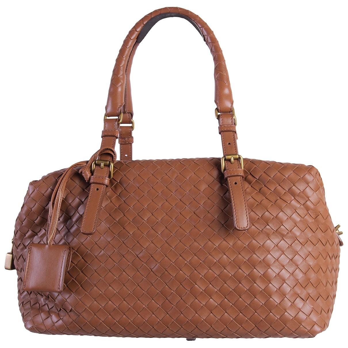 Bottega Veneta \N Handtasche in  Braun Leder