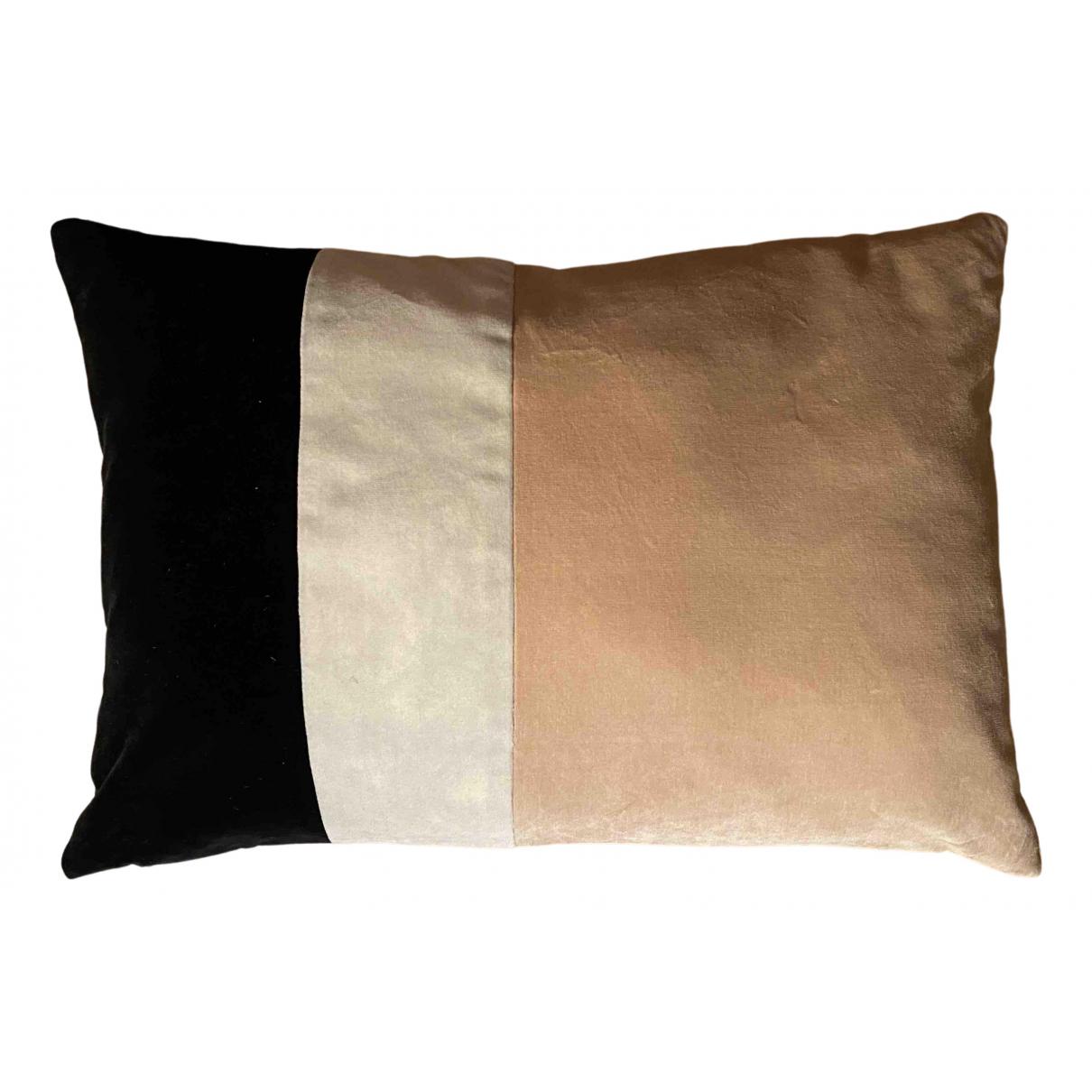 Maison Sarah Lavoine - Objets & Deco   pour lifestyle en velours - rose