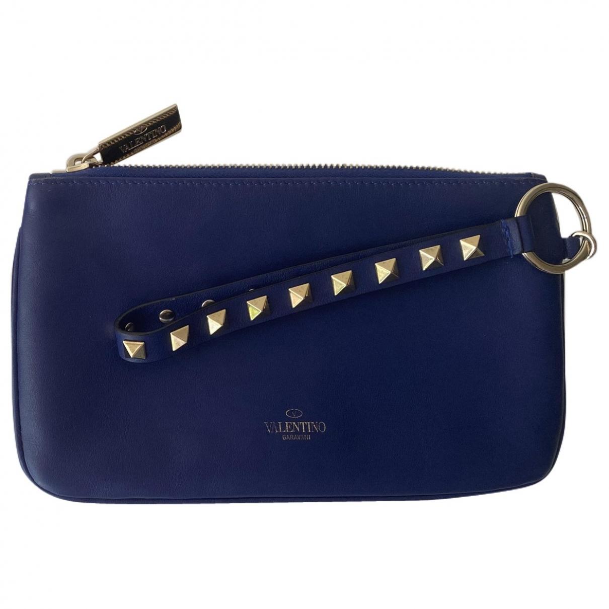 Valentino Garavani Rockstud Blue Leather Clutch bag for Women \N