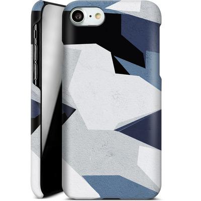 Apple iPhone 7 Smartphone Huelle - Geometric Camo Blue von caseable Designs