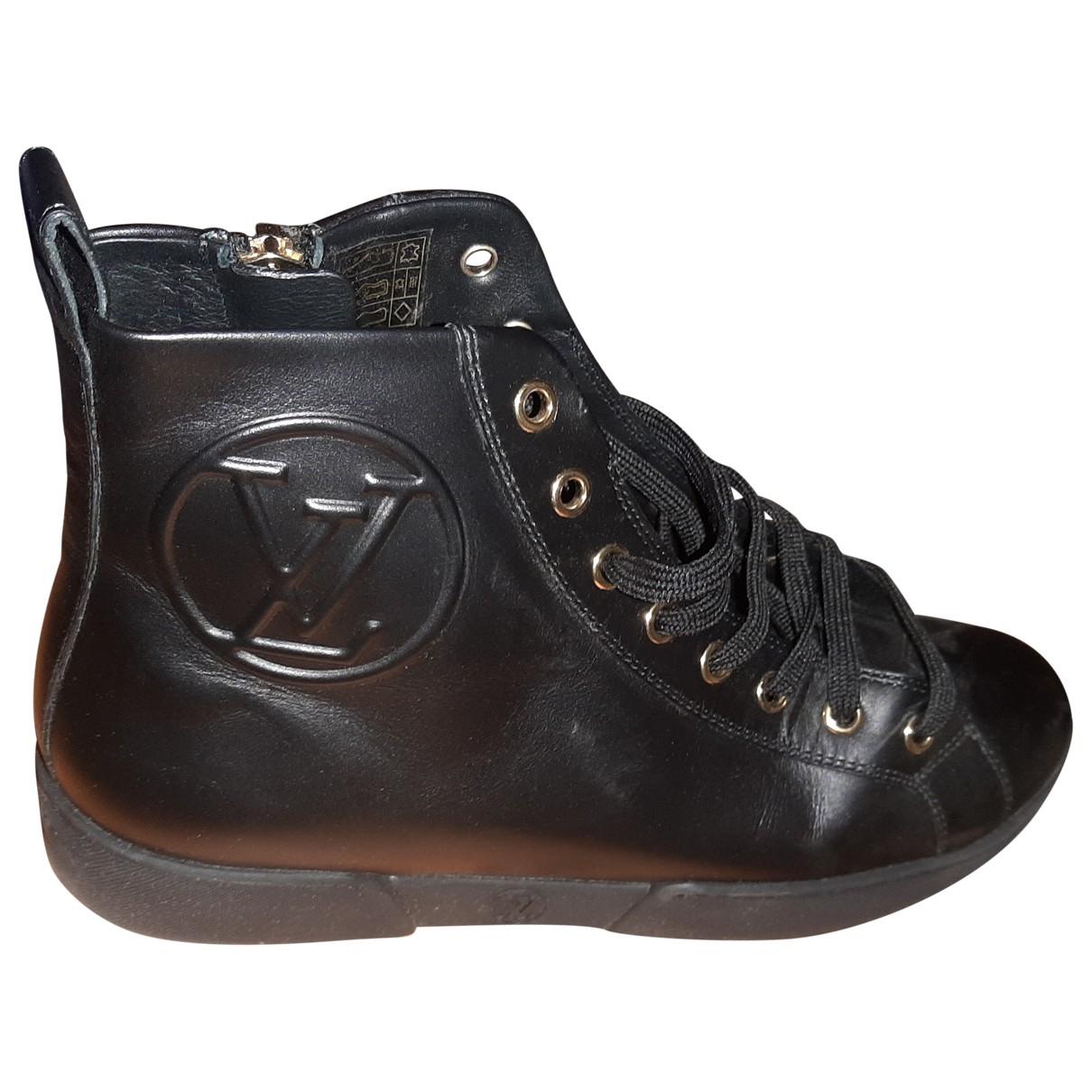 Louis Vuitton \N Stiefeletten in  Schwarz Fell